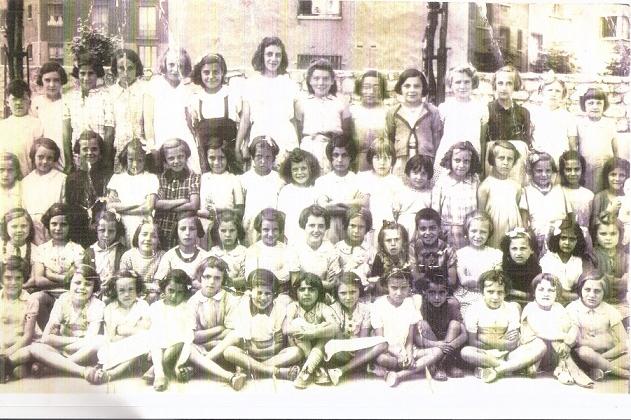 Photo de classe 1943 Ecole primaire Charles Hermitte 75018 Paris